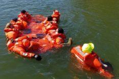 Pelastautumiskurssi Porkkalan merivartioasemalla